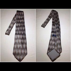 Men's 100% Silk Van Heusen Neck Tie